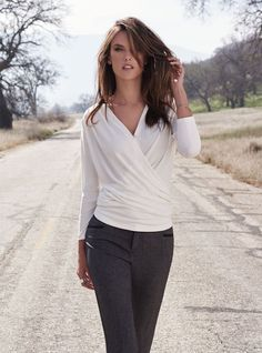 Photos : Alessandra Ambrosio, le casual chic d'Arkitect 2015/2016