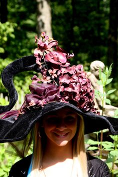 Burgundy and Purple flowers, burgundy fabric, Twistie top and brim that can be bent anyway Halloween Witch Hat, Witch Hats, Halloween Costumes For Teens, Halloween Ideas, Halloween Decorations, Witch Coven, Fantasy Witch, Witch Costumes, Modern Witch
