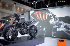 The KTM 390 Duke is proving itself to be a great base model to build upon, as we saw at the 2014 EICMA show with Husqvarna's two street concepts. A stout, but affordable, street bike that interests new and experienced riders alike, the KTM 390 Duke will be a welcomed …