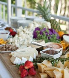Farm-to-table wedding food including Birdsall Beef, produce from Manarch Farms and lettuces from Finger Lakes Fresh | Skaneateles, New York