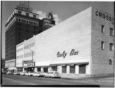 Photo of Jayhawk State Theatre of Kansas in Topeka, KS Topeka Kansas, Kansas Usa, Historical Pictures, City Streets, Theatre, Multi Story Building, Memories, Store, Random