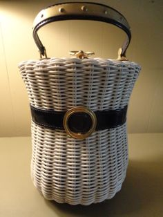 50 60s White Wicker Plastic Woven Basket Purse