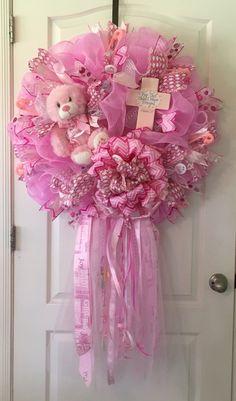 Baby shower ideas for girls decorations pink diy hospital door 21 ideas for 2019 Baby Door Wreaths, Baby Boy Wreath, Mesh Wreaths, Hospital Door Decorations, Hospital Door Wreaths, Baby Kranz, Wreath Crafts, Wreath Ideas, Diy Wreath