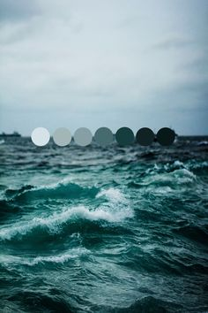 Ocean colors would be such a calming combination!