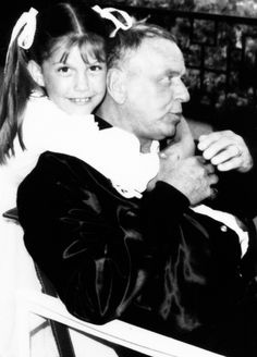1000+ images about Frank Sinatra on Pinterest | Blue eyes ...