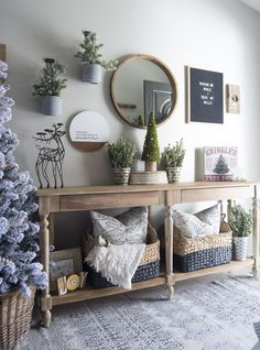 Christmastime should be cozy and filled with joy. Join me for my Cozy Christmas Home Tour along with 9 talented bloggers for Christmas decor inspiration. #ChristmasHomeDecorating,