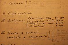 Notas a mano con gastos relacionados con la adquisición de libros y revistas (1932) [AEA]