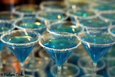 CHRISTMAS PARTY DRINKS  | Blue jello shots in mini martini glasses