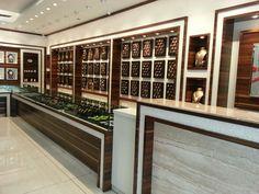 new Ideas jewerly shop interior design indian Jewellery Shop Design, Jewellery Showroom, Jewelry Shop, Indian Interiors, Shop Interiors, Centre Table Design, Showroom Interior Design, Amai, Shop Front Design