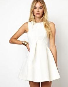 vestido skater branco - http://vestidododia.com.br/modelos-de-vestido/vestidos-skater/vestidos-skater/
