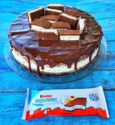 Kinder tejszelet torta – Cake by fari Cookie Desserts, Cookie Recipes, Fitness Cake, Torte Recipe, Pretty Birthday Cakes, Good Foods To Eat, Hungarian Recipes, Christmas Desserts, How To Make Cake