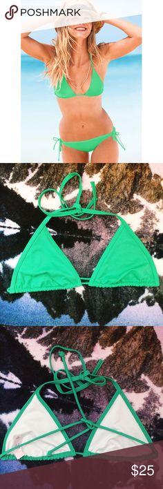 Victoria's Secret Green Triangle Bikini Top In perfect condition. Never worn. Item has no padding. Nice green color. Victoria's Secret Swim Bikinis