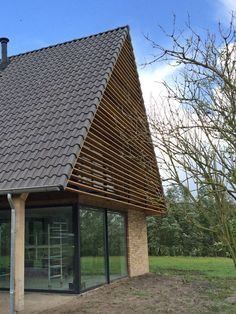 Nieuwbouw Woning Kollum - schipperdouwesarchitectuur Up House, House Roof, Architecture Details, Modern Architecture, Barn House Conversion, Barn Renovation, House Extensions, Archery, Modern Farmhouse