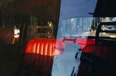 Территория фотоисторий и фотоэссе - Алекс Уэбб и Ребекка Норрис Уэбб. «Фиолетовый остров»/Violet Isle