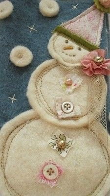 snowman this would be cute on a stocking~ Click image to find more DIY & Crafts Pinterest pins