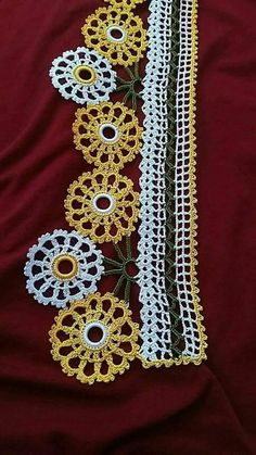 This Pin was discovered by HUZ Crochet Borders, Filet Crochet, Crochet Doilies, Crochet Lace, Baby Knitting Patterns, Stitch Patterns, Knitted Afghans, All Craft, Love Crochet