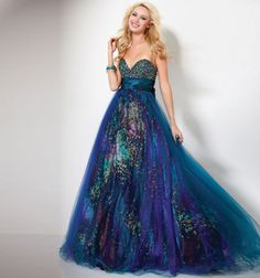 Mardi gras gown...i really just like this dress..