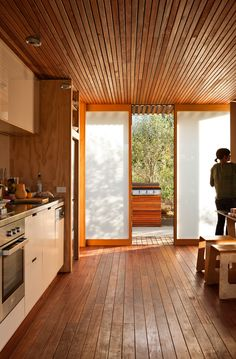 Studio 19 Bach by Strachan Group Architects (via Lunchbox Architect)