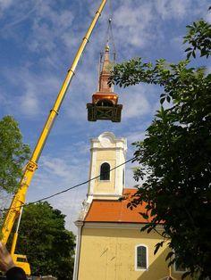 Már 10 fős tagságtól vallási egyesület alakítható? - Módosulhat az egyházügyi törvény Budapest, Marvel, Building, Buildings, Construction