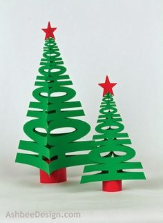 3D HoHoHo Tree Silhouette Tutorial - These cute Christmas trees would be a great centerpiece for your party table!