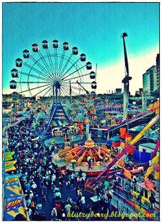 Side show alley - Ekka Brisbane Brisbane Queensland, Sunshine State, Childhood Memories, My Dream, New Zealand, Vegas, Australia, Culture, Vacation