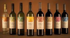 Para atrair o consumidor, um bom vinho precisa ir muito além do sabor. Um exemplo disto é a rotulagem de vinhos
