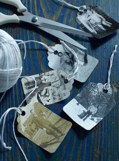 Ideia para emocionar no Natal: procure fotos antigas, faça uma cópia e recorte no formato de tags para identificar os presentes.