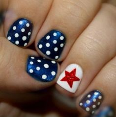 """In celebration of our country's independence, flaunt your patriotic side in a stylish way with these nail designs. We're all lucky and proud to be Americans and nothing says """"I Love My Country"""" more than displaying it on the busiest part of your body—your hands! Have fun with these nail designs and let your American …"""