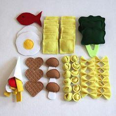 felt toy MakaKreativ on Ins - toys Cloud 9, Diy Gifts To Sell, Crafts To Sell, Food Crafts, Baby Crafts, Diy For Kids, Crafts For Kids, Childrens Kitchens, Felt Play Food