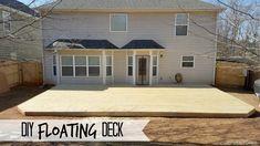 DIY Floating Ground-Level Deck Top Decking Ideas - An Ode To a Beautiful Garden Yes, it is spring ti Wood Patio, Concrete Patio, Diy Deck, Diy Patio, Ground Level Deck, Two Level Deck, Backyard Pergola, Pergola Ideas, Patio Decks