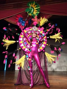 Una Fantasia Recreada por la utilizada el Miss Universo 1996, por Alicia Machado.. en esta Ocasión sera llevada en color Purpura por Gabriela Baez, para representar a Venezuela en Los Carnavales de Tenerife..