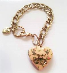 Rare BETSEY JOHNSON TEA PARTY Rosebud HEART LOCKET CHARM Bracelet Gold GT Chain