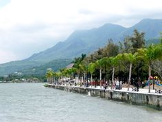 Lake Chapala, Mexico. Mountains, palms trees, tropical temperate climate...paradise!