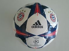 Adidas Footballs Champions League Bayern Munchen White Blue New S90234  Soccer bf901d2ab1a05