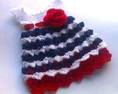 SALE 0-18 Months Little Suzy Dress por SuziesTalentPatterns