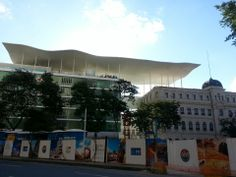 Brand new museum in a new area of Rio, with a beautiful view.