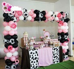 2nd Birthday Party For Girl, Cowgirl Birthday, Cowgirl Party, Farm Birthday, Farm Animal Birthday, Cowgirl Cakes, Birthday Ideas, Cow Baby Showers, Cowgirl Baby Showers