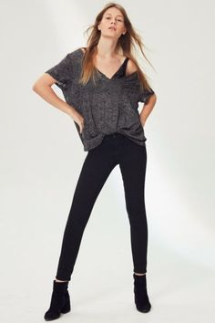 BDG Twig Mid-Rise Skinny Jean - Black | Urban Outfitters
