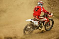 %TITTLE% -   If you recently got a dirt bike or will be riding one for the first time, then this is the guide for you. Read carefully through this guide and you'll skip the tough learning curve that most riders have to go through. Riding a dirt bike is not hard, but if you attempt to take shortcuts on your... - http://acculength.com/breaking-news/how-to-ride-a-dirt-bike-beginners-guide-to-ride-like-a-pro.html