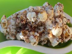 Pop Corn is a great snack, made even greater with sugar free marshmallow, coconut and dark chocolate. www.good2eat4U.com