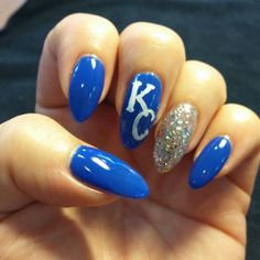 Acrylic nails Royals #Acrylicnails #Royals #sparkle #blue #kc