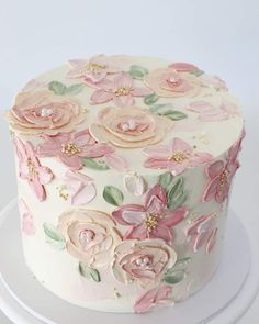 6 Wedding Cake Trends in 2020 Cake Decorating Techniques, Cake Decorating Tips, Cookie Decorating, Pretty Cakes, Cute Cakes, Beautiful Cakes, Fancy Cakes, Mini Cakes, Cupcake Cakes