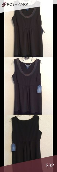 🎁 NEW-VERA WANG BLACK DRESS-SATIN-BOTTOM-NECK BRAND NEW♦️LITTLE BLACK DRESS♦️VERY CUTE. IT HAS SATIN LOOK AROUND NECKLINE AND AT BOTTOM OF DRESS. SO CUTE. YOU ARE GOING TO LOVE ❤️ WEARING THIS CUTE AND COMFORTABLE DRESS. 100% POLYESTER. SIMPLY VERA-VERA WANG Dresses