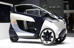 Toyota I Road is a 3 wheel'n electric concept car unveiled at the 2013 Geneva Auto Show