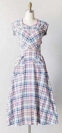 vintage 1940s plaid patch pocket dress