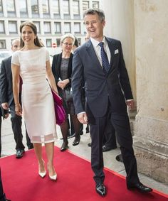 Frederik and Mary attend a Chamber of Commerce dinner in Hamburg 19 May 2015
