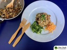 Houbové rizoto s tymiánem Risotto, Spaghetti, Eat, Ethnic Recipes, Noodle