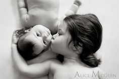 Baby Photo : Creative And Unique Baby Photography Ideas - Toddler Girl Kissing Newborn Baby Boy In Black And White Photo Ideas
