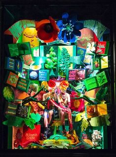 The 2017 holiday windows at Bergdorf Goodman are inspired by iconic New York cultural institutions, my favorite being this window display inspired by the New York Botanical Garden ⛲ Holidays In New York, Love Holidays, Window Display Design, Store Window Displays, Retail Displays, Nyc Christmas, Christmas Windows, Christmas Ideas, Fashion Installation