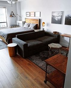 5 Tips for Styling a Studio Apartment — Moda Misfit Studio Apartment Living, Tiny Studio Apartments, Studio Apartment Layout, Modern Apartment Design, Small Apartment Interior, Studio Living, Studio Apartment Decorating, Diy Apartment Decor, Studio Apt